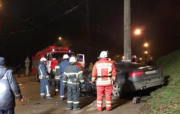 У Києві через зіткнення іномарок постраждали четверо людей