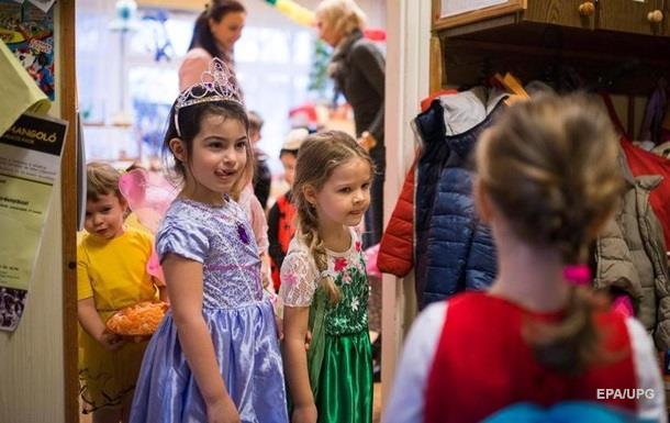 Минобразования обещает новые места в детских садах