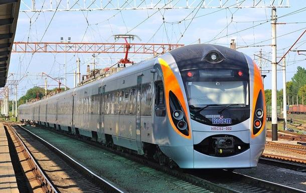 Поїзд Запоріжжя-Київ задимився в дорозі