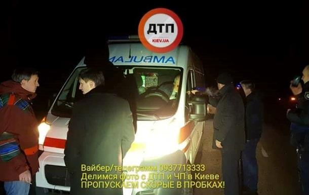 В Киеве пьяный судья после ДТП пытался скрыться на  скорой