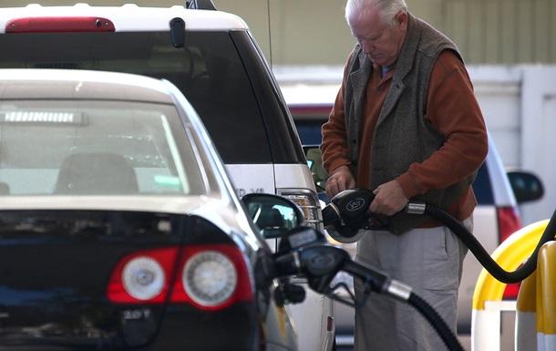 Топливо на АЗС продолжает дорожать