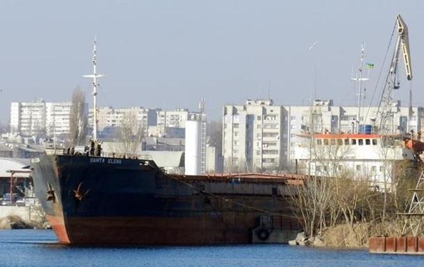 Порт у Сирії не можуть залишити десять українських моряків