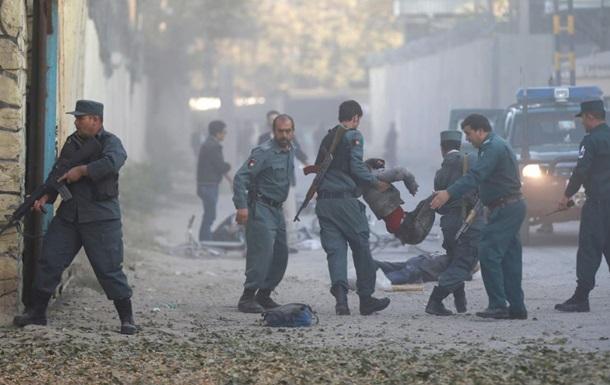 В Кабуле смертник атаковал полицейских