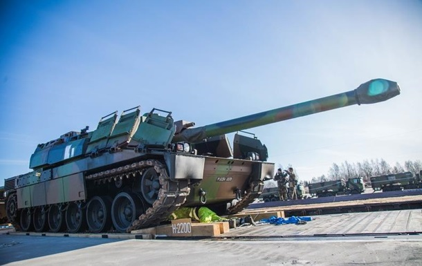 Франция отправит в Литву солдат и танки