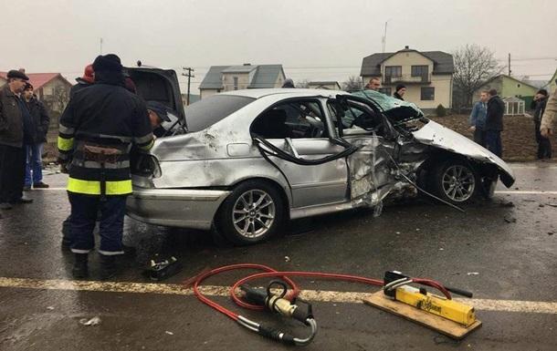В аварії у Львівській області постраждало семеро людей