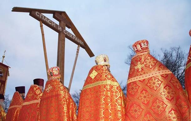 Росія подарувала ЛНР шестиметровий хрест