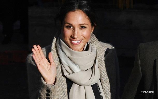 Невеста принца Гарри появилась в свитере из дешевого магазина