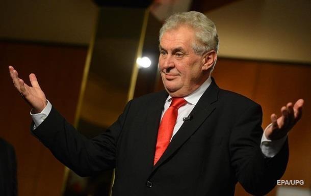 У Чехії перед президентськими виборами лідирує Земан - опитування