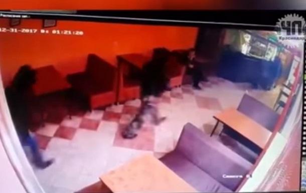У кафе Краснодара добровольці ДНР влаштували стрілянину: троє загиблих
