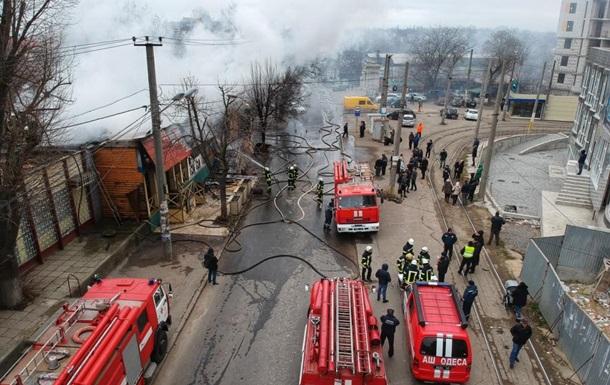 В Одесі згоріли ресторан, магазин та кафе