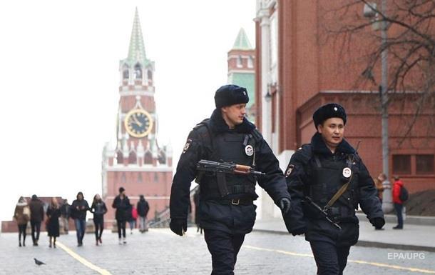 У Росії мати продавала невинність 13-річної дочки