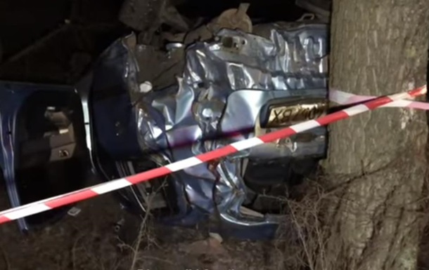 Під Києвом загинув п яний водій, з їхавши з дороги