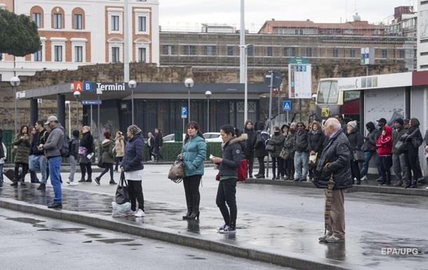 У Римі почався масовий страйк працівників громадського транспорту