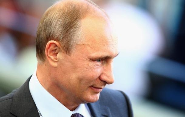 Добрий Путін. РФ віддає Україні кораблі з Криму