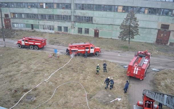 У Чернігові на підприємстві сталася масштабна пожежа
