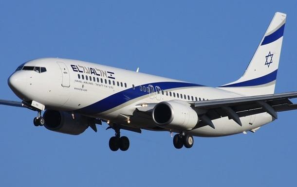Израильский самолет экстренно сел на военной базе в Канаде