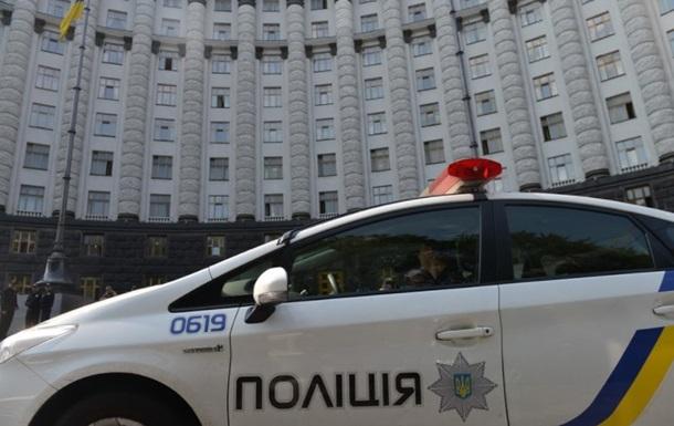 Майже кожен четвертий українець допускає насильство і тортури в поліції