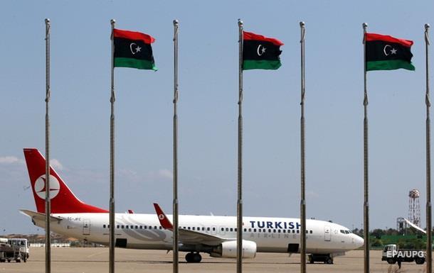 В Ливии атаковали аэропорт, не менее 20 жертв