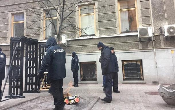 Правопорядок під ВР охороняють 3800 поліцейських