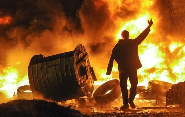 Адвокат Януковича ищет свидетелей по делам Майдана