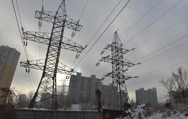 Негода знеструмила населені пункти у трьох областях