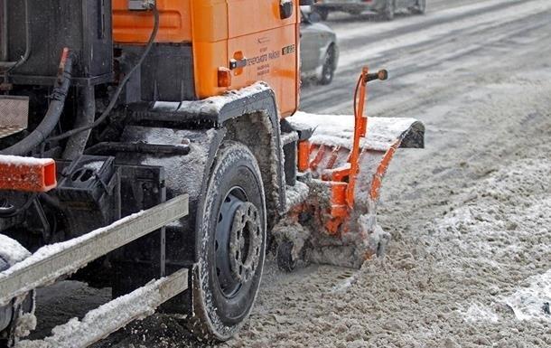 Киев, Одессу и Запорожье засыпало снегом