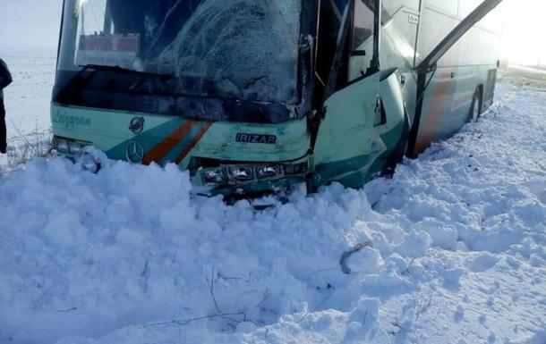 Під Запоріжжям ДТП з автобусом: є жертви