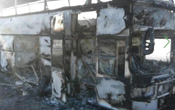 У Казахстані 52 людини загинули в палаючому автобусі