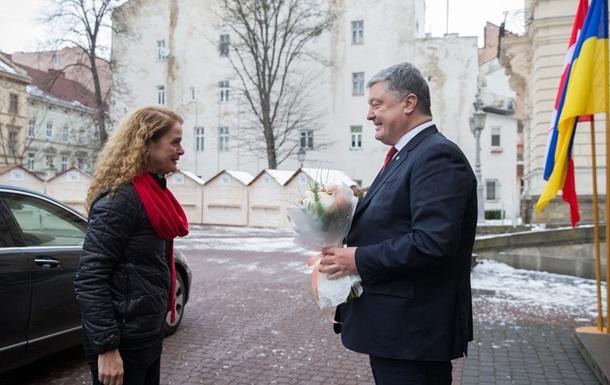 В Україну прибула генерал-губернатор Канади