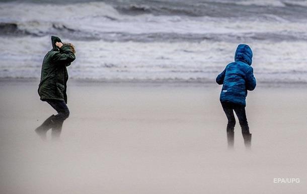 В Нидерландах объявили высший уровень чрезвычайного положения