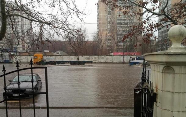 В Одесі затопило дві вулиці