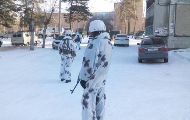 Криваві напади в російських школах. Головне