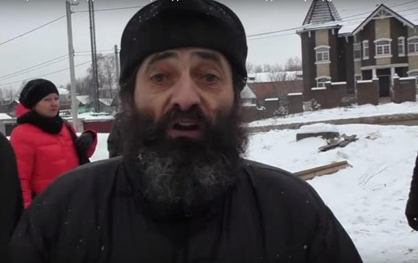 У РФ священики побилися через крадені вікна