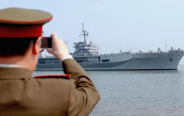 Китай закликав США змиритися з його політикою