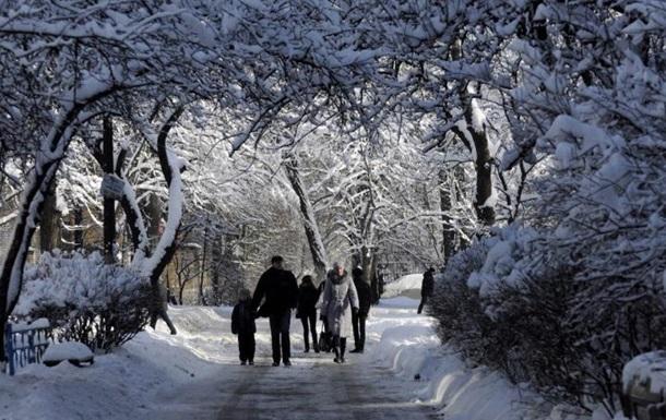 Погода в Украине: снег и гололед