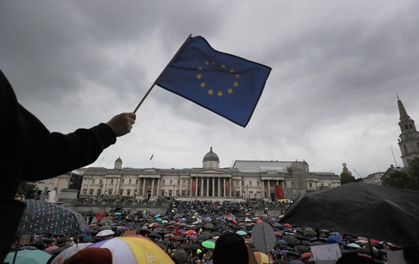 ЄС створює всесвітній список контрафакту і піратства