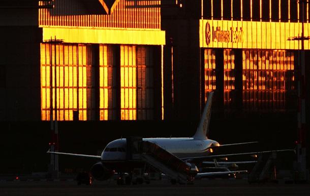 У Німеччині в аеропорту побилися 180 осіб
