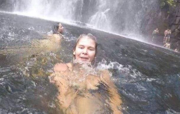 Селфи туристки запечатлело мужчину за секунды до смерти