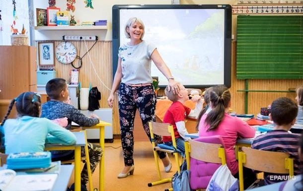 У Латвії російські школи переведуть на латиську мову