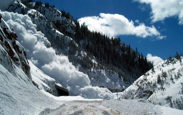 Впродовж минулої доби у високогір'ї Карпат зафіксовано сходження дванадцяти лавин