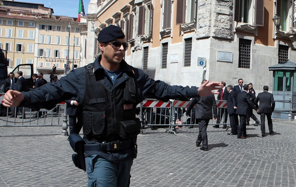 В Італії у ході спецоперації затримали 40 мафіозі
