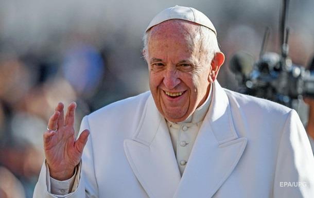 Папа Римский выступил против фейковых новостей