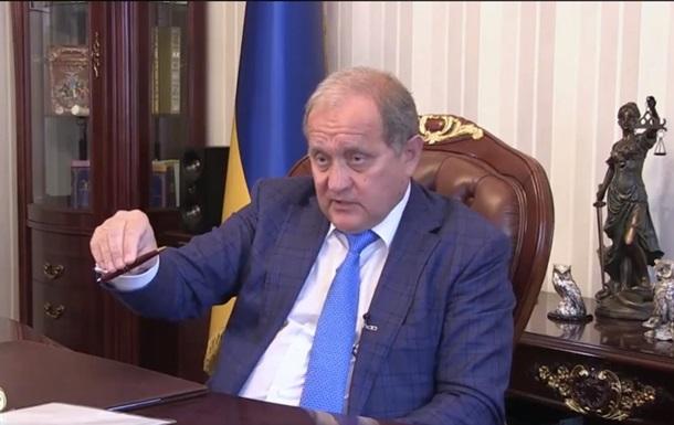 Адвокат Януковича— Парубію: Чому винеусунули зпосади Порошенка?
