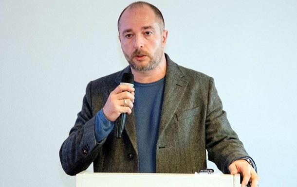 Російського письменника не впустили в Молдову