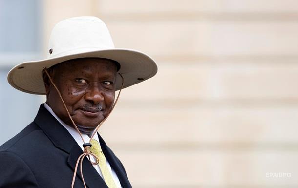 Президент Уганды признался в любви к Трампу