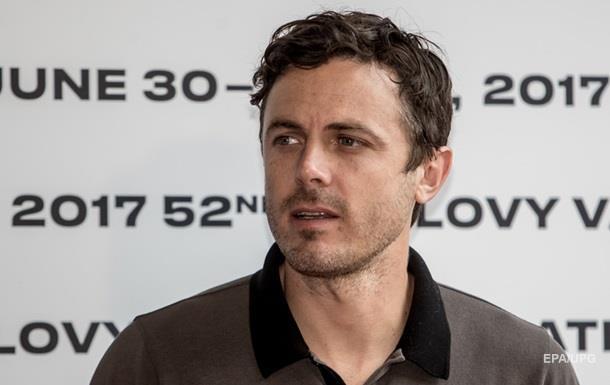 Кейси Аффлек не вручит  Оскар  из-за секс-скандала