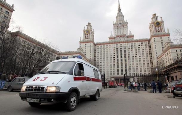 Вывезли покурить. В РФ санитарка прокомментировала скандал с тяжелобольным