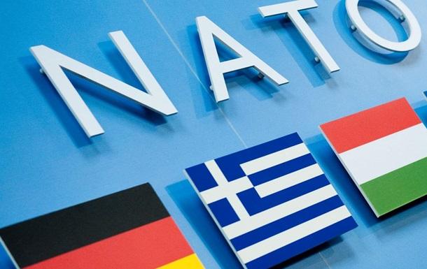 Украина-НАТО: где проходит географический водораздел по отношению к Альянсу