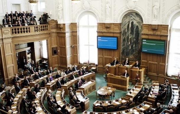 Дания увеличивает военные расходы из-за России