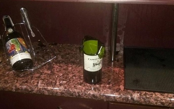 У готелі Львова невідомий стріляв по офіціантах